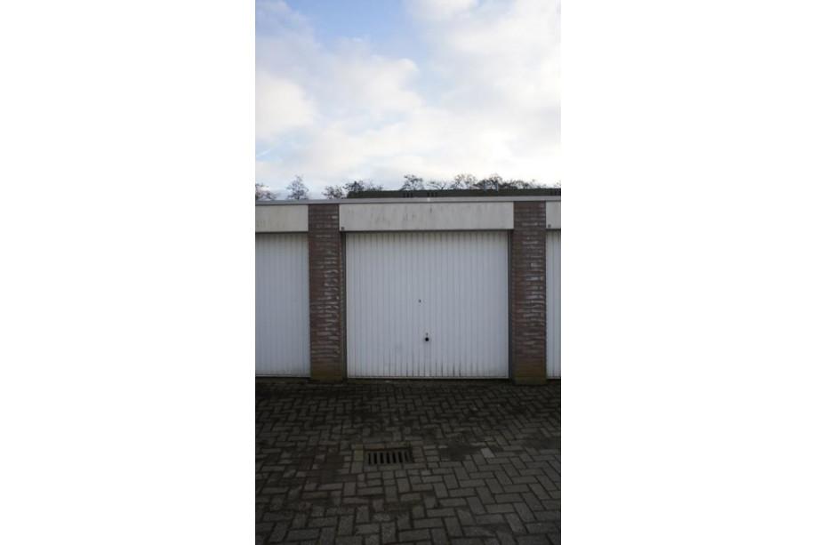 Garage te huur bergen op zoom bastiaansblok 86 for Bergen garage door