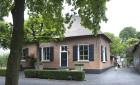 Villa Recht van ter Leede 26 -Leerdam-Verspreide huizen Leerdam