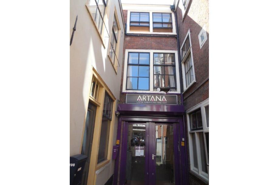 Apartment for rent den haag noordeinde 695 for Room for rent den haag