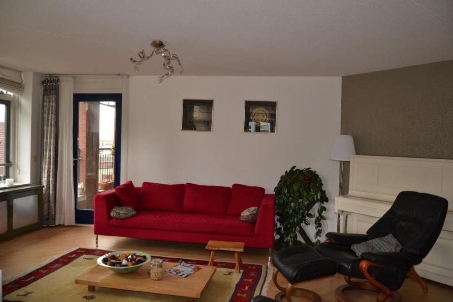 Apartment for rent muzenplein den haag for 1 450 for Room for rent den haag