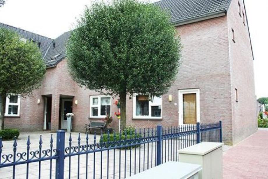 Oude Slaapkamer Te Koop : Pararius Huurwoningen Limburg Wittem Wittem ...