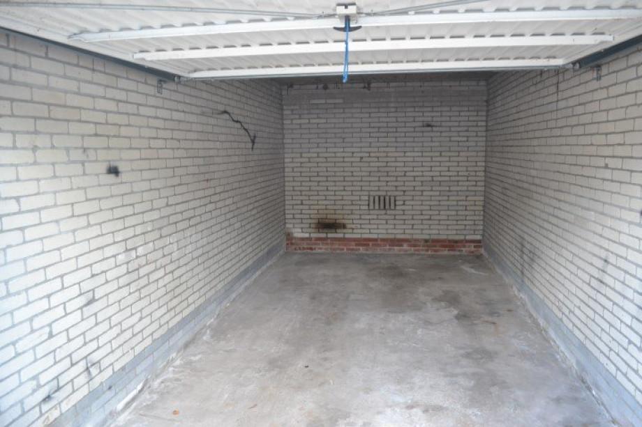 Location garage groningen coendersweg prix 85 for Louer un garage prix