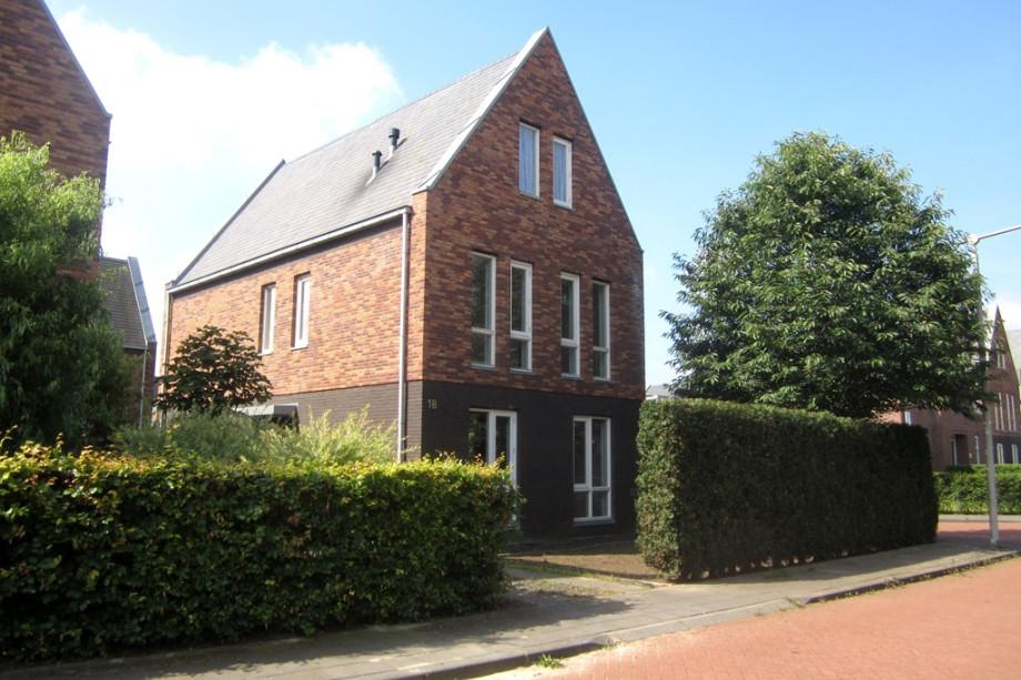 Villa te huur het hout arnhem voor 1200 for Vrijstaande woning te huur gelderland