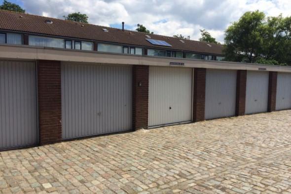 Garage te huur heiningen bergen op zoom voor 79 mnd for Bergen garage door
