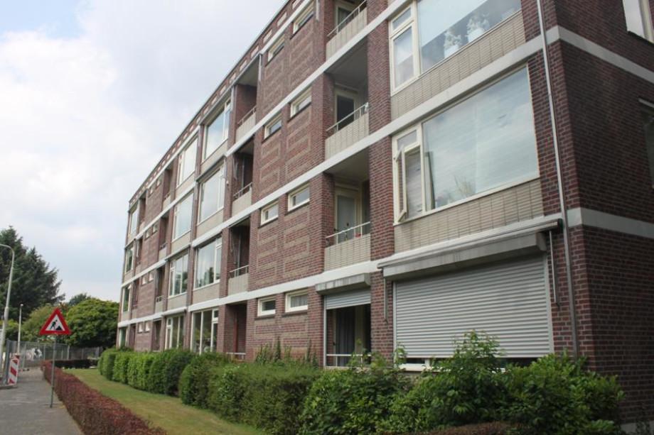 Stunning 2 Slaapkamer Appartement Breda Photos - Trend Ideas 2018 ...