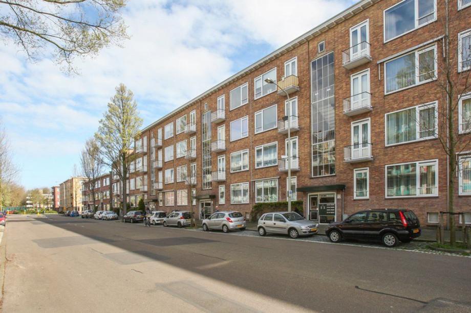 Pararius Huurwoningen Zuid-Holland Den Haag Leyenburg Appartement ...