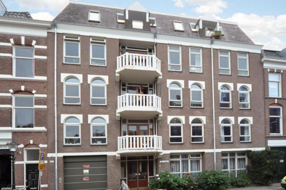Apartment for rent hollanderstraat den haag for 1150 for Room for rent den haag