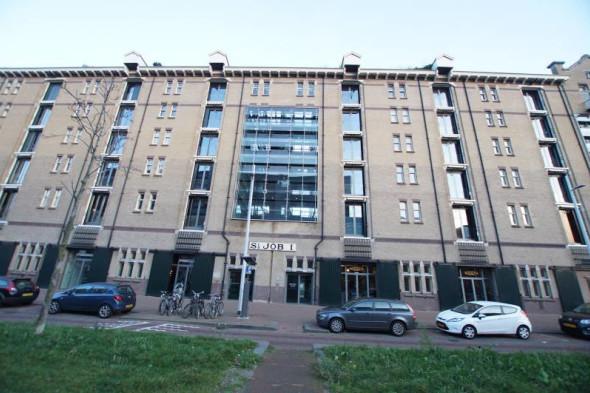 Appartement te huur lloydstraat rotterdam voor 1550 for Appartement te huur in rotterdam