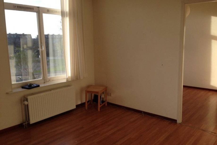 Appartement te huur oranjeplein den haag voor 775 - Midden kamer trap ...