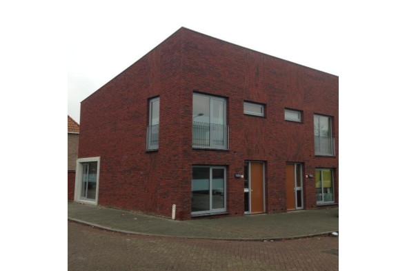 location garage tilburg olivier van noortstraat prix 99. Black Bedroom Furniture Sets. Home Design Ideas
