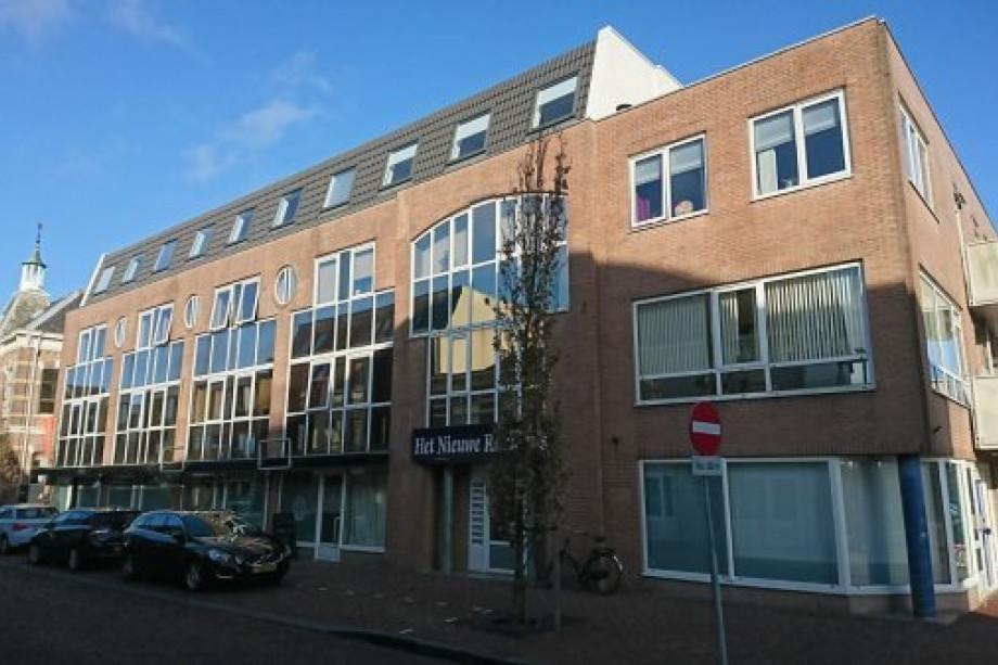 Pararius Huurwoningen Zuid-Holland Alphen aan den Rijn Lage Zijde ...