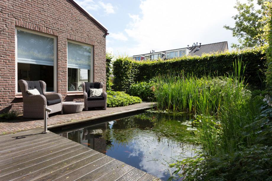 Pararius Huurwoningen Utrecht Leusden Leusden-Centrum Oost Villa ...