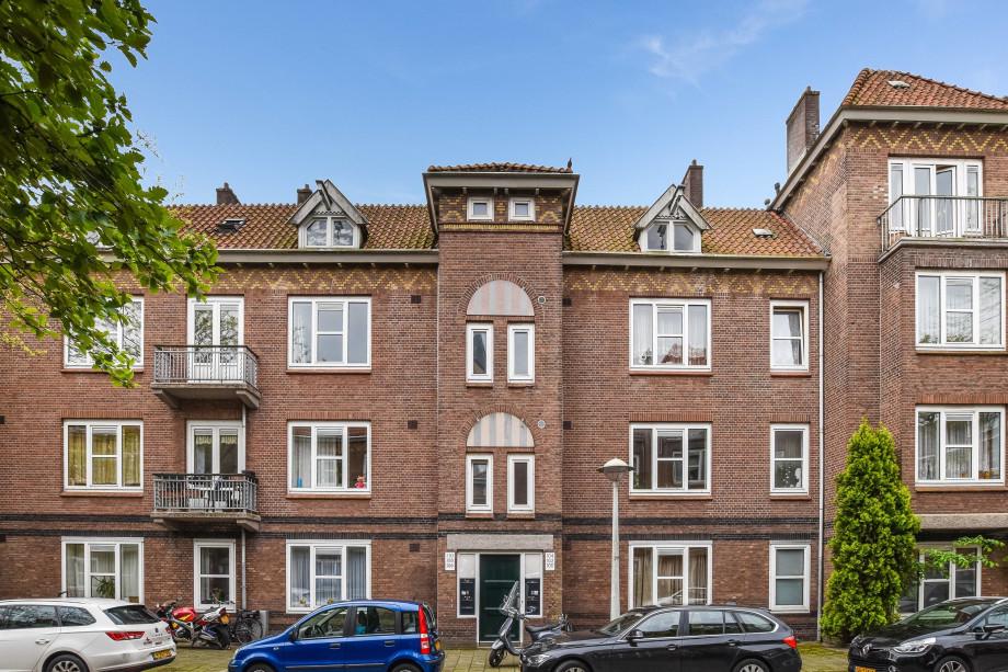 Apartment for rent: Vincent van Goghstraat, Amsterdam for ...