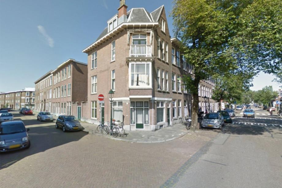 Apartment for rent d 39 aumeriestraat den haag for 1 050 for Room for rent den haag