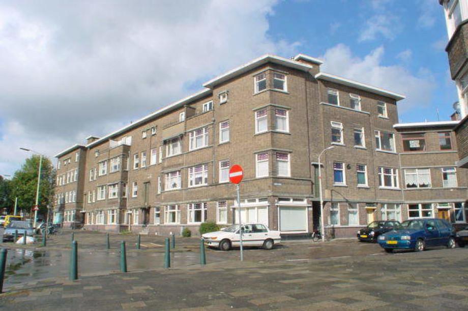 Apartment for rent uddelstraat den haag for 395 for Room for rent den haag