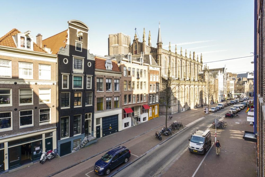 Appartamento in affitto spuistraat amsterdam for Appartamenti in affitto amsterdam