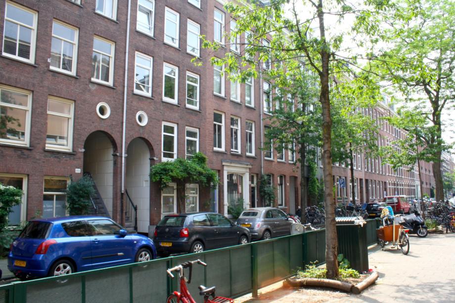 location appartement amsterdam eerste jan van der heijdenstraat prix 1 950. Black Bedroom Furniture Sets. Home Design Ideas