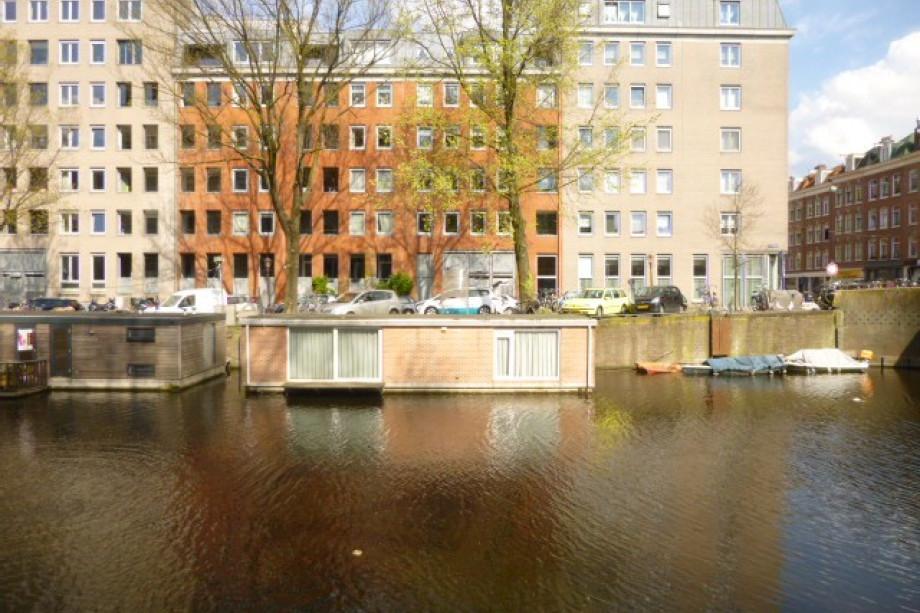Casa flotante en alquiler da costakade amsterdam - Apartamentos en amsterdam ...