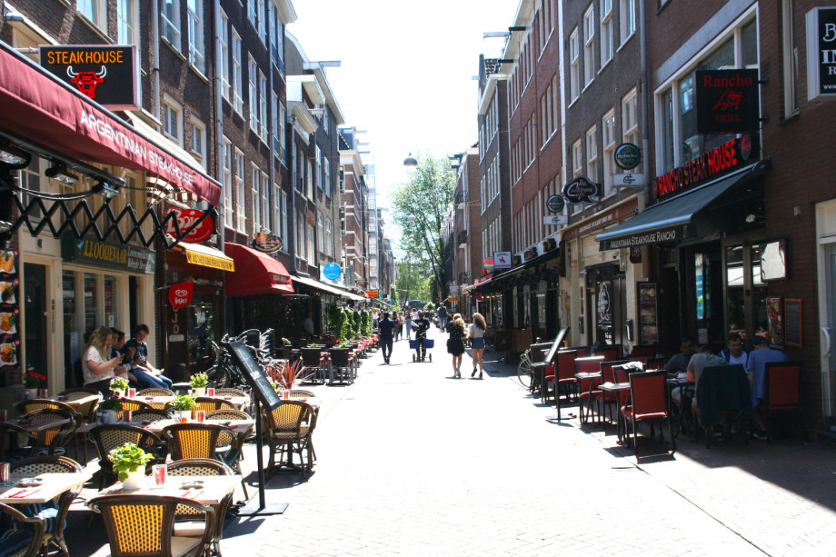 Appartamento in affitto lange leidsedwarsstraat for Appartamenti amsterdam affitto mensile