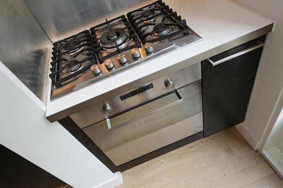 Apartment for rent 1e braamstraat den haag for 1 750 for 1750 high shower door
