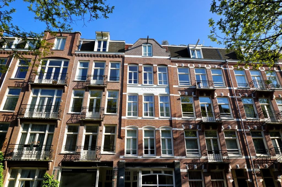 Apartment for rent: Wilhelminastraat, Amsterdam for €2,200