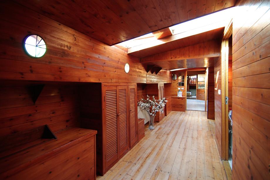 location p niche amsterdam van diemenkade 18 prix 1 700. Black Bedroom Furniture Sets. Home Design Ideas