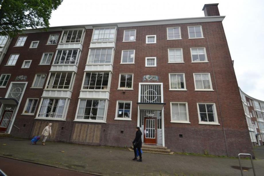 Apartment for rent volendamlaan den haag for 750 for Room for rent den haag