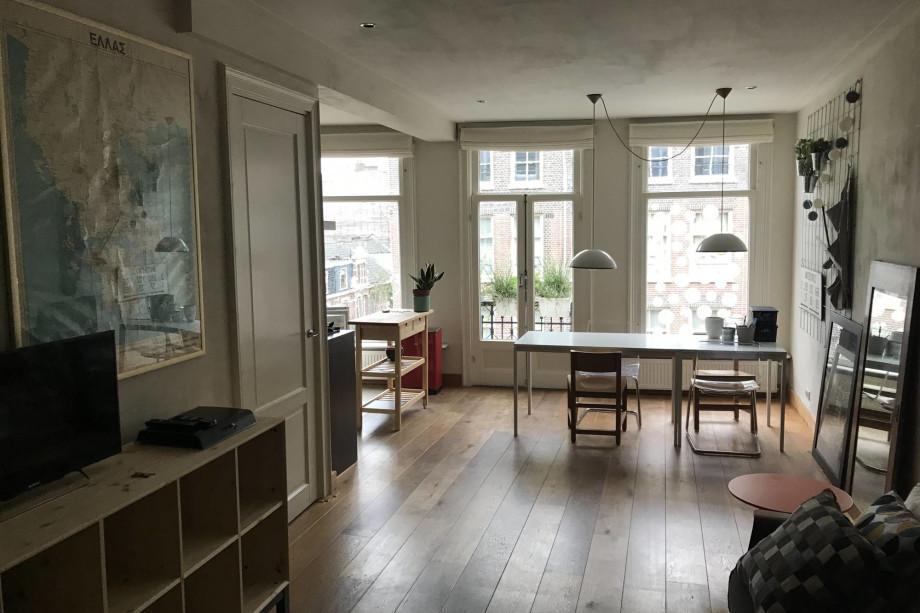 Appartamento in affitto tolstraat amsterdam for Appartamenti in affitto amsterdam
