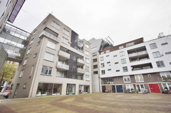 Location appartement amsterdam valkenburgerstraat 30 c prix 1 750 - Immobilier amsterdam location ...
