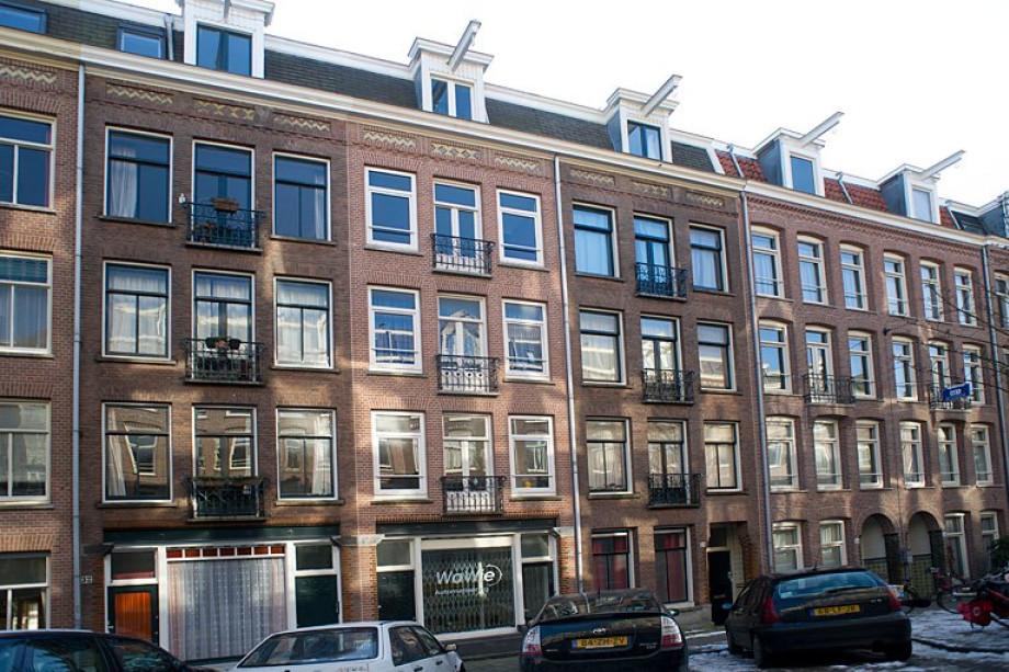 Apartment for rent: Van Ostadestraat, Amsterdam for €1,800