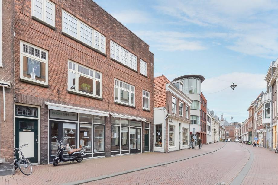 warm straat hoer naakt in de buurt Haarlem