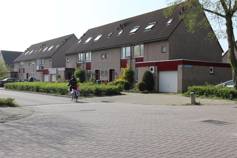Casa in affitto borstelgrasstraat almere 810 for Case affitto amsterdam economici