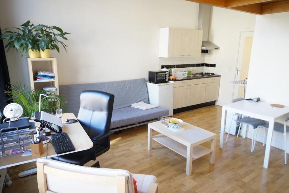 Studio in affitto hooigracht leiden 745 - Letto tappezzato ...