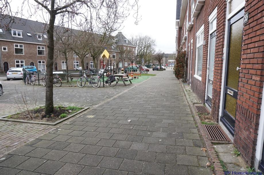 Location chambre nijmegen van heutszstraat prix 495 for Location garde meuble prix