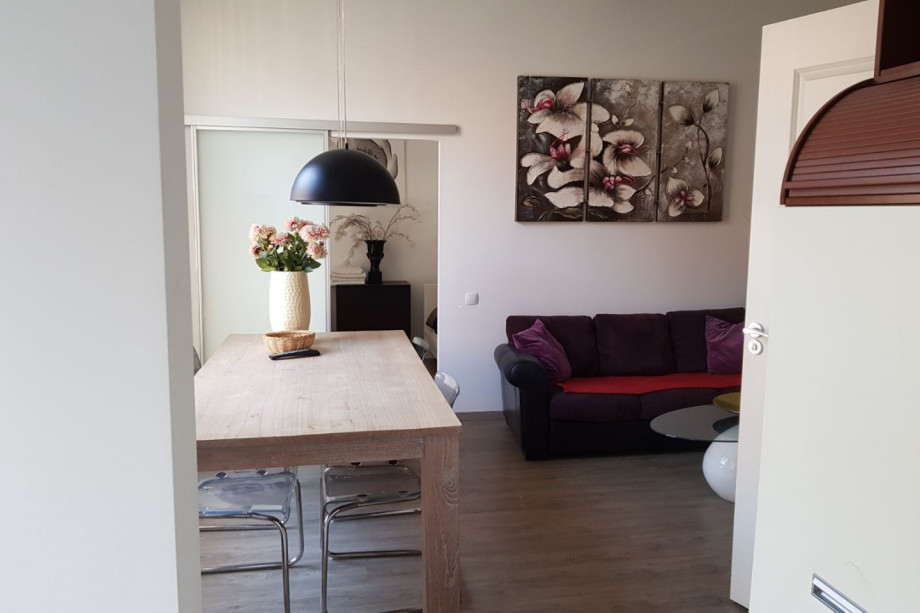 Location appartement amsterdam kerkstraat prix 3 000 for Location studio meuble brest