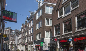 Mieten etagenwohnung waterpoortsteeg amsterdam f r for 180 water street 17th floor