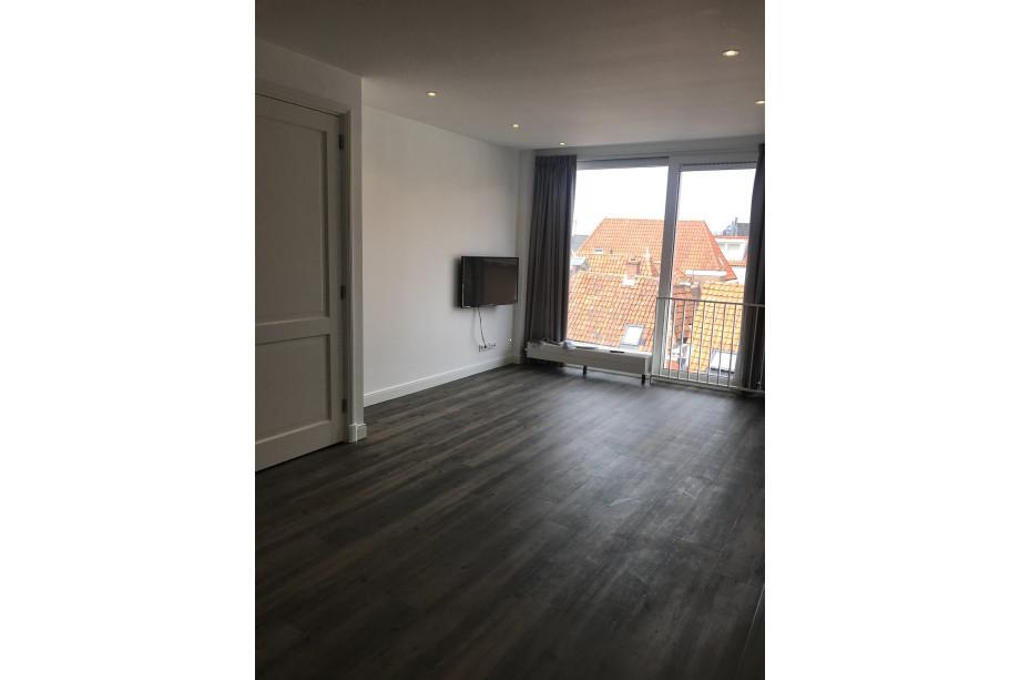 Pvc Vloeren Leiden : Location appartement leiden breestraat e prix u ac