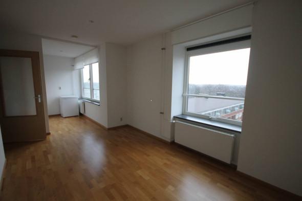 Location maison de famille: den haag waalsdorperweg prix 3 600 u20ac