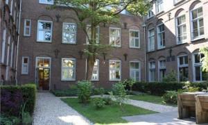 https://media.pararius.nl/image/PR0001479000/PR0001479947/image/jpeg/180x300/UtrechtHerenstraat-3018_1.jpg