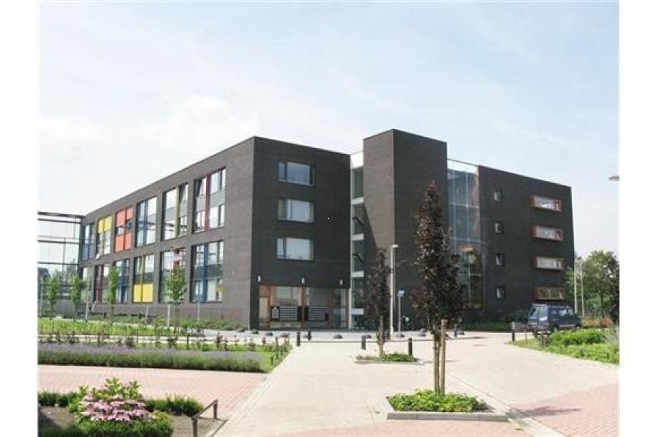 Garage Van Vlijmen : Mieten etagenwohnung de klok vlijmen für u ac