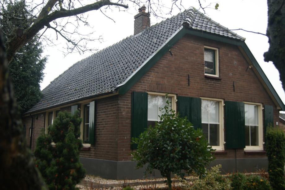 Huurwoning te huur meulunterseweg lunteren voor 750 mnd for Woonboerderij te huur gelderland