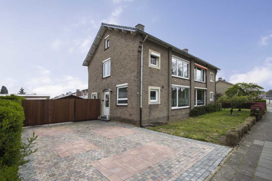 house for rent: sportlaan, bunde for €1,350